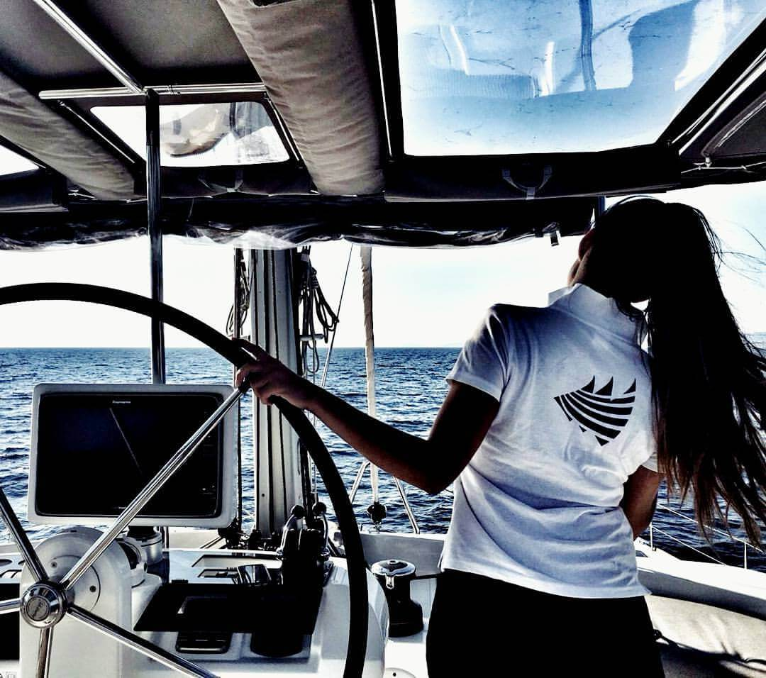 Fully-Crewed-Yacht-Charter-Pros-Hire-a-Fully-Crewed-Yacht-for-Sailing-in-Croatia