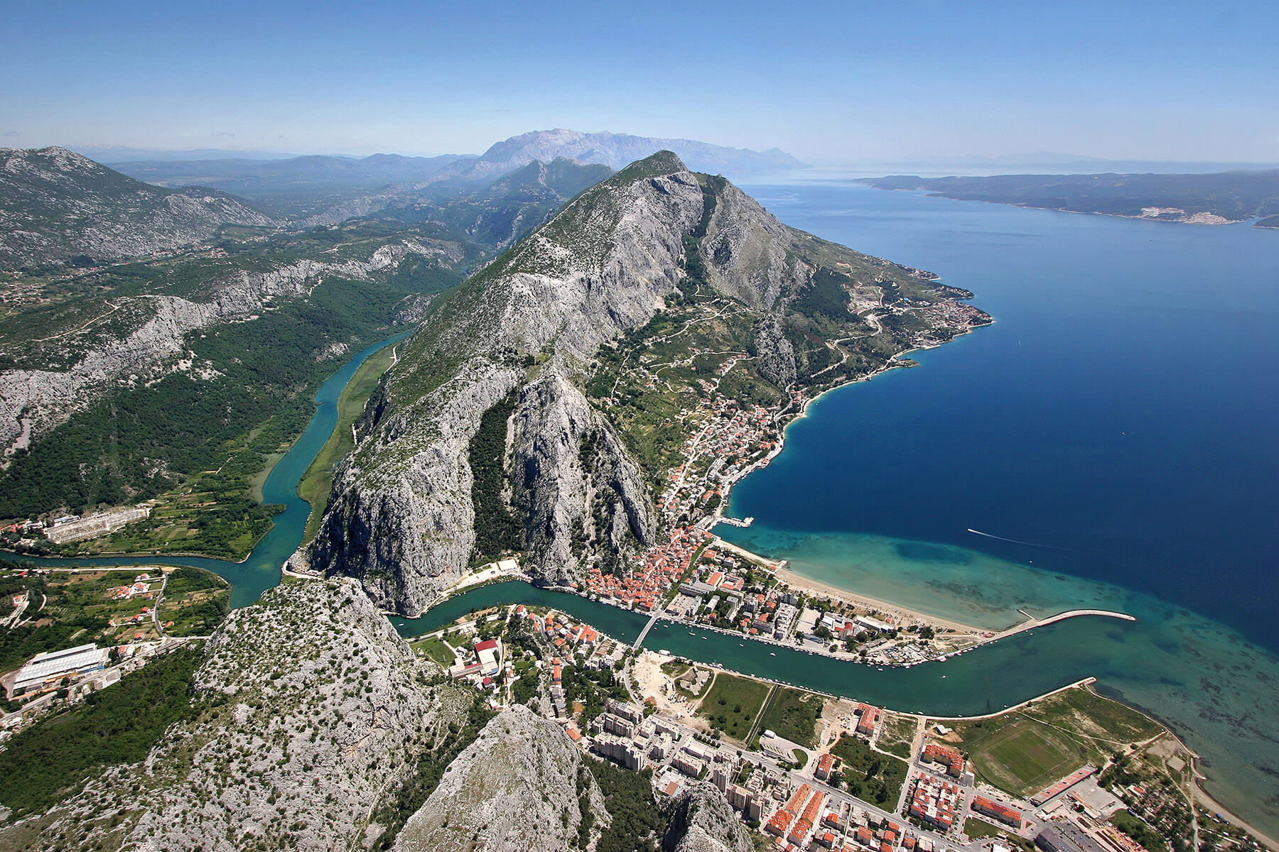 town-of-omis