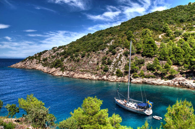 tips-for-sailing-in-croatia-boat-safety-avoid-fines-prices-of-marinas