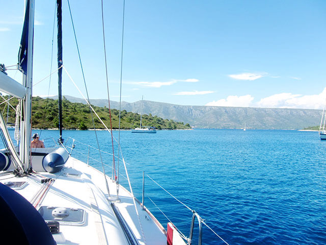 where-to-drop-anchor-croatia-sailing-school
