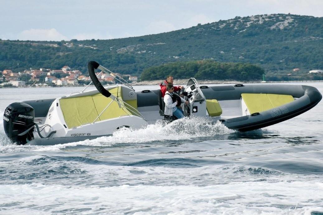 Hydrosport 909 Cabin Nn Yachtcharter Kroatien
