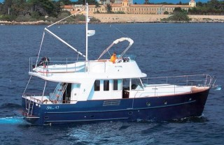 Swift Trawler 42, Skitnica