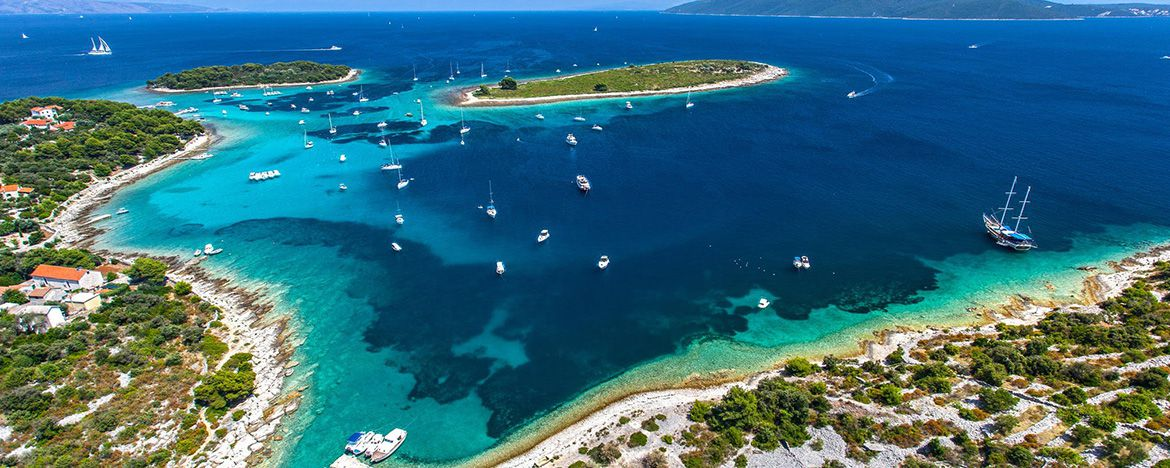 Top 10 Bays in Which You Should Anchor When Sailing in Croatia