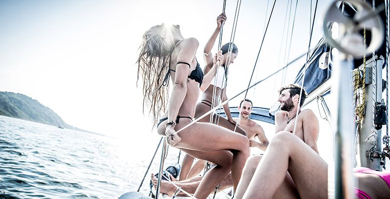 why-sailing-vacation-party-cruise-on-a-yacht