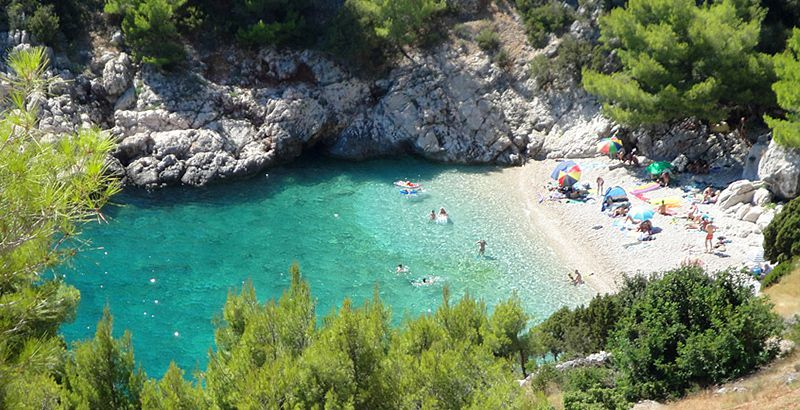 The-beaches-of-island-Hvar-Lucisca-beach
