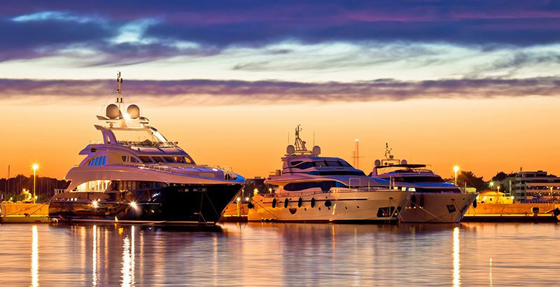 Choose-the-Right-Vessel-For-Your-Sailing-Vacation-Why-Choose-Luxury-Yachts