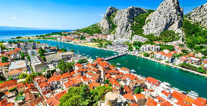 summer-in-omis