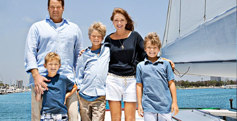 leonard-family-living-on-a-sailboat