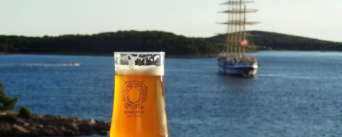 Drink like a Local: Top 7 Croatian Craft Beers to Try on Your Sailing Holiday!