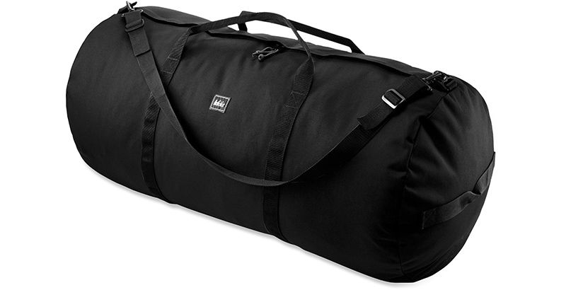 how-to-pack-for-sailing-vacation-duffle-bag