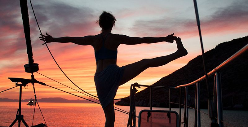 working-out-yoga-on-a-sailboat