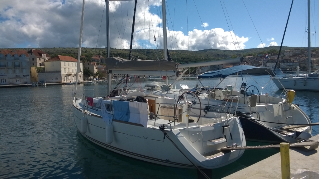 Yacht Charter Croatia Sun Odyssey 33i '179-RG' from Primosten