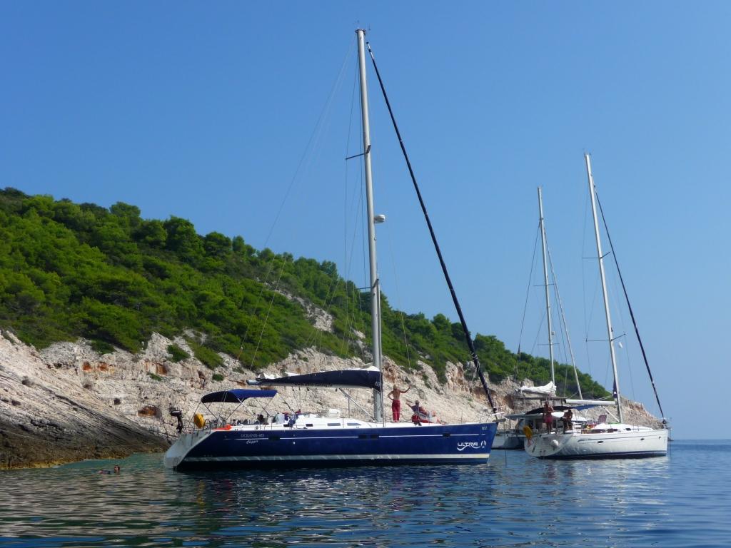 Yacht Charter Croatia Oceanis 473 'Veli' from Split