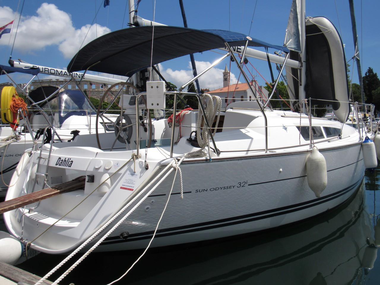 Sun Odyssey 32i Dahlia Pula Aci Croatia Yacht Charter Formula Boat Wiring Diagram Sailing Yachts