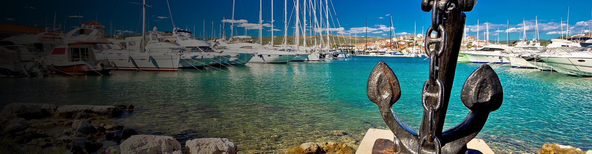 Sämtliche Yachten, Katamarane und Boote inklusive Dienstleistungen die Sie an der Adriaküste mieten können, sowie alle Informationen über das Segeln in Kroatien.