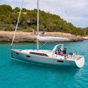 Sailing yachts Oceanis 41.1 Anscombe