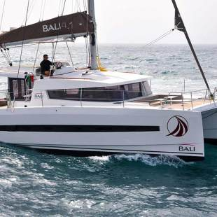Catamarans Bali 4.1 - 4 cab. Private Beach