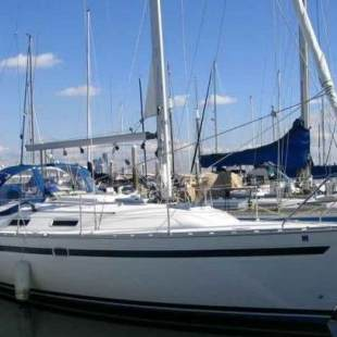 Sailing yachts Bavaria 35 Holiday Mika