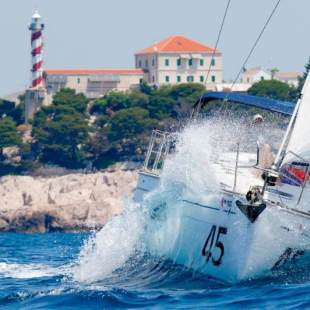 Sailing yachts Bavaria 47 Cruiser Bloody Mary 49