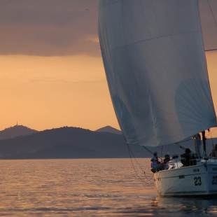 Sailing yachts Bavaria Cruiser 40 S Morning Glory