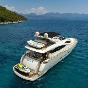 Luxury yachts Deauville 760 Salt