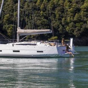 Sailing yachts Dufour 390 GL No Name