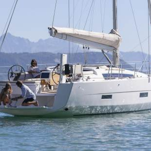 Sailing yachts Dufour 430 GL Adriatic Office