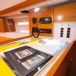 Sailing yachts Elan 444 Impression TIGER