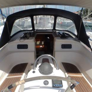 Sailing yachts Elan 384 Impression Relax Point