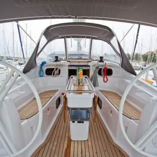 Sailing yachts Elan 394 Impression Escape