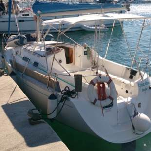 Sailing yachts First 265 Commodore
