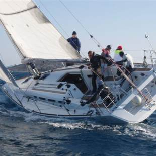 Sailing yachts First 35 Leo
