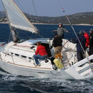 Sailing yachts First 35 Libra
