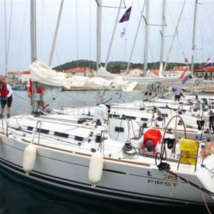Sailing yachts First 35 Virgo