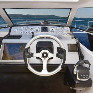 Motor boats Focus Power 33 Hard Top M/y Black