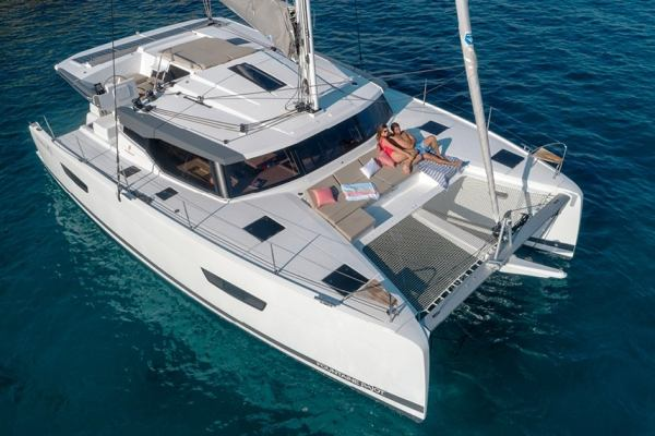 Catamarans Fountaine Pajot Astrea 42 - 4 + 2 c Mojo