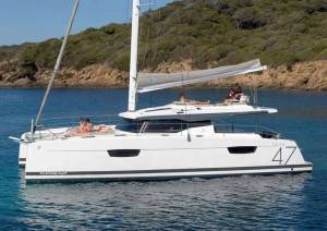 Catamarans Fountaine Pajot Saona 47 Supersonic