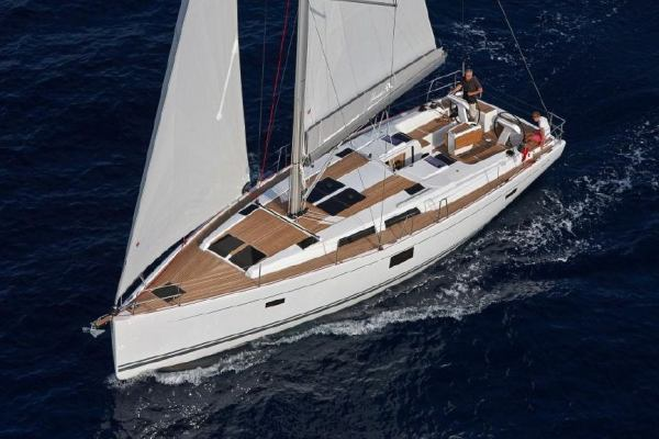 Sailing yachts Hanse 455 Wind Rose