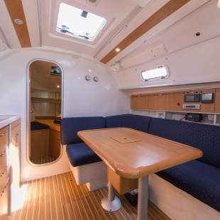 Sailing yachts Harmony 34 North Seymour