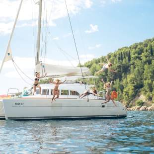 Catamarans Lagoon 380 - 4 cab. Mini