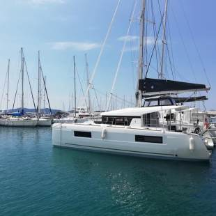 Catamarans Lagoon 40 - 3 + 2 cab The Cure