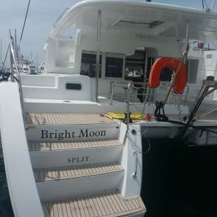 Catamarans Lagoon 450 F - 4 + 2 cab. Bright Moon