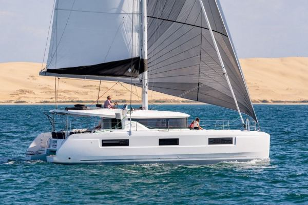 Catamarans Lagoon 46 - 4 + 2 cab. Sophie feat. Water Maker, A/C and Generator