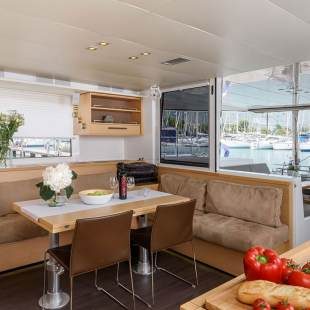 Catamarans Lagoon 560 Princess Seline