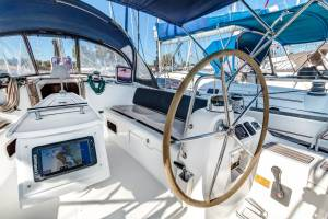 Sailing yachts Oceanis 43 - 3 cab. Twins