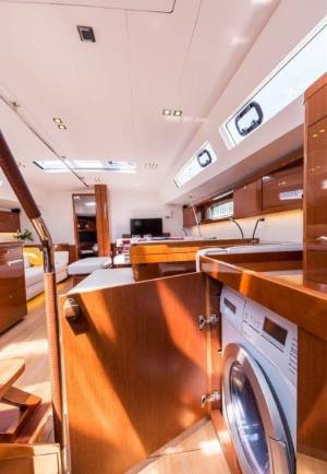 Sailing yachts Oceanis 60 Tourbillon with AC and generator
