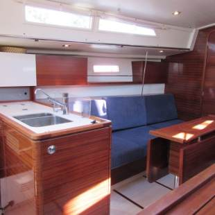 Sailing yachts Salona 38 Cherry