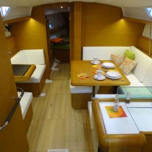 Sailing yachts Sun Odyssey 419 Be Happy