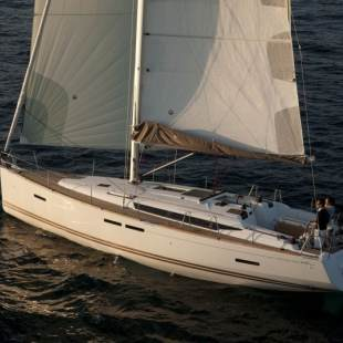 Sailing yachts Sun Odyssey 439 Thales