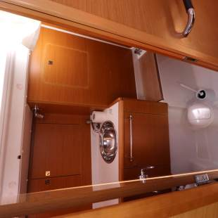 Sailing yachts Sun Odyssey 409 Performance Jean Mirage